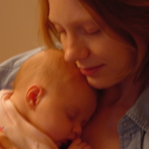 My daughter is born; A mother emerges2002